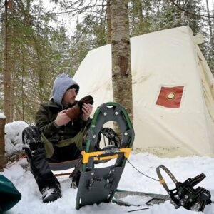 BUILDING A PERMANENT WINTER CAMP - Finding a Camp Spot, Shoveling out the Floor, Woodstove Cooking.